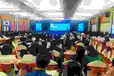 Hội thảo gần 1.000 người trong lúc dịch, Sở GD khẳng định là cần thiết!