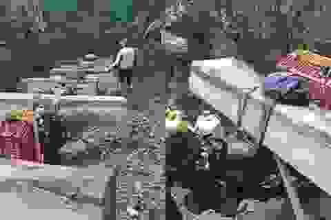 """Mật phục bắt giữ đoàn """"lâm tặc"""" đang khai thác, vận chuyển gỗ trái phép"""