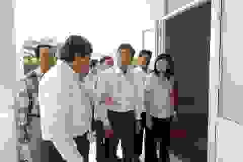 Phó Chủ tịch Bạc Liêu kiểm tra việc đi học trở lại của học sinh THPT