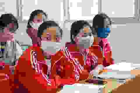 Trường ĐH khẩn cấp cho sinh viên nghỉ học và không nên rời Hà Nội