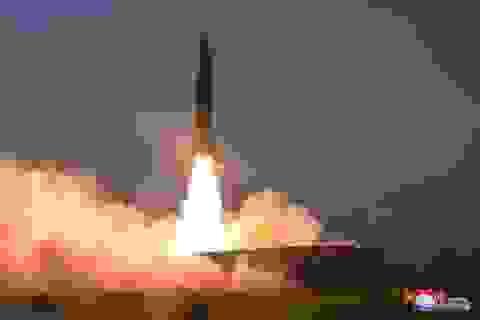 Triều Tiên lần đầu phóng tên lửa trong 2020