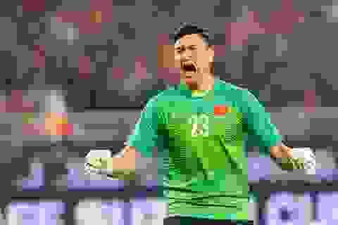 Thủ môn chiếm suất bắt chính của Văn Lâm ở Muangthong United là ai?