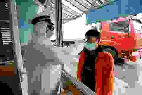 """Covid-19 khiến hàng loạt nhà máy tại Việt Nam """"cháy"""" nguyên liệu, linh kiện"""