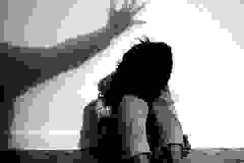 Truy tố đối tượng hiếp dâm bé gái 12 tuổi