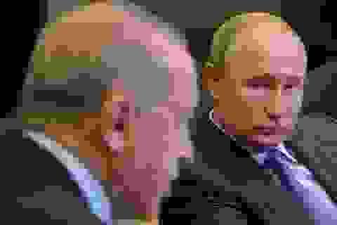 """""""Bạn"""" với Mỹ, """"thân"""" với Nga, vì sao Thổ Nhĩ Kỳ vẫn đơn độc ở Syria?"""