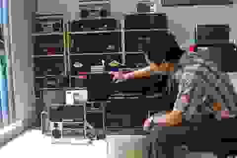 Bộ sưu tập 1000 chiếc đài radio cassette cổ gần 1 tỷ đồng tại Hà Nội