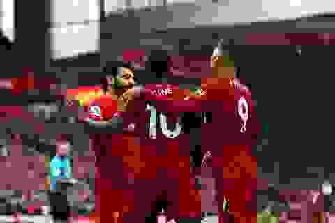 Mane, Salah giúp Liverpool lập kỷ lục trên sân nhà Anfield