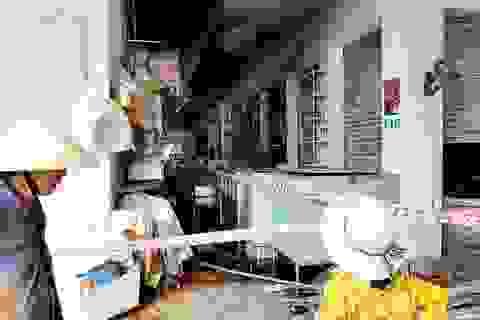 Đề nghị Bộ Công an điều tra vụ cháy gần 100 ki ốt chợ