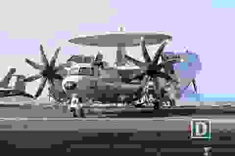 Có gì trên boong tàu siêu hàng không mẫu hạm của Hải quân Mỹ?