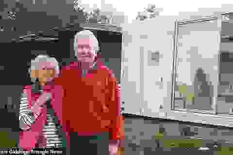 Ông già 74 tuổi biến xe chở tù nhân thành một ngôi nhà độc đáo với 750 bảng