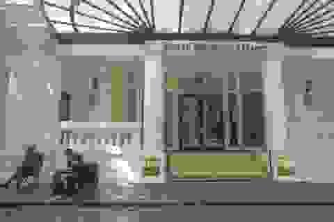 Khách sạn Metropole tạm dừng hoạt động để khử trùng
