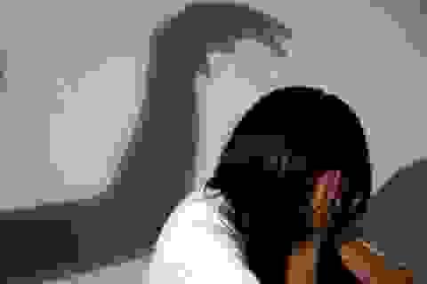 Bé gái bị dượng xâm hại tình dục suốt 4 năm