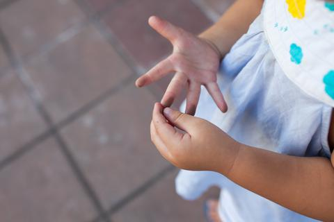 Mùa quay lại trường, cách hướng dẫn trẻ bảo vệ bản thân trước mùa dịch