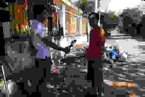 Vụ rác thải bủa vây huyện: Nhà thầu không đủ năng lực vẫn được lựa chọn?
