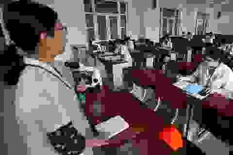 Nhiều trường ĐH cho sinh viên năm cuối đi học trở lại từ tuần sau