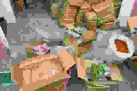 Quảng Bình: Bắt hơn 10 tấn trái cây sấy không nhãn mác, nguồn gốc