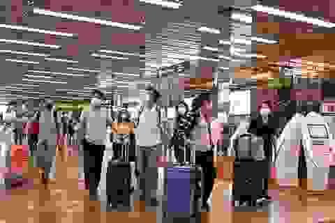 Người Việt nhập cảnh Singapore phải cách ly 14 ngày