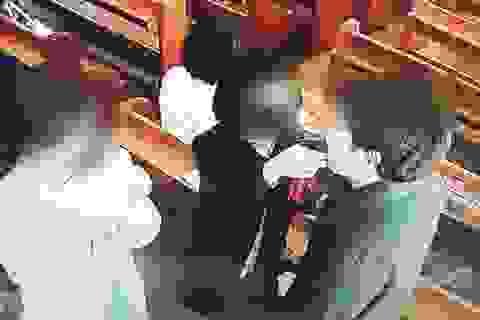 Nhà thờ Hàn Quốc thành ổ dịch Covid-19 vì xịt nước muối vào họng tín đồ
