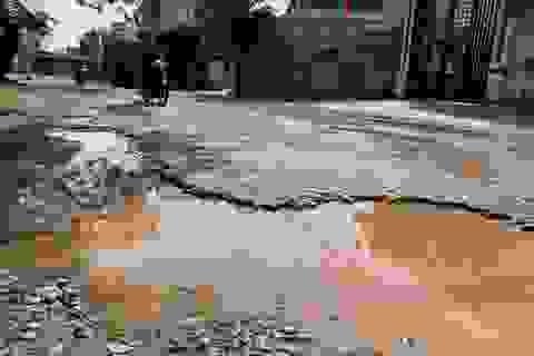 Quảng Bình: Dân khốn khổ vì tuyến đường huyết mạch xuống cấp trầm trọng!