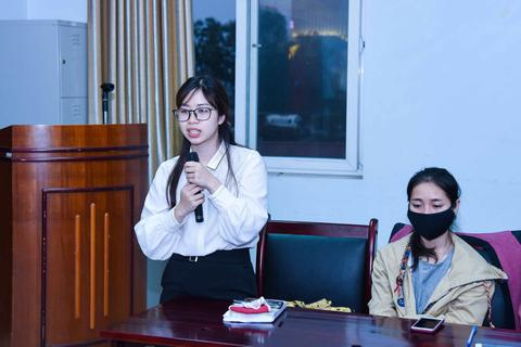 100 sinh viên ĐH Y Hà Nội tình nguyện tham gia công tác chống dịch Covid-19