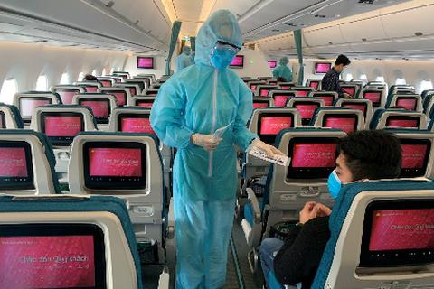 """Khách đi máy bay phải giãn cách tối thiểu 2m để """"né"""" dịch Covid-19"""