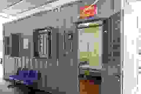 Bệnh viện K lập khu cách ly bằng container trong thời dịch Covid-19