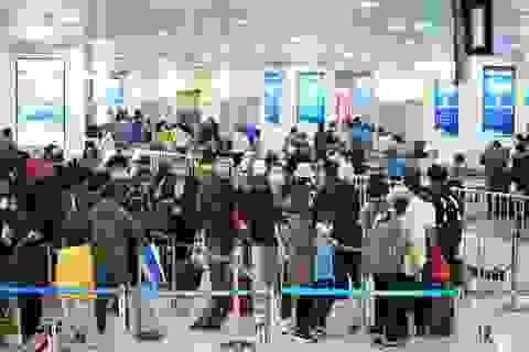 """Khoảng 10.000 người từ các """"điểm nóng"""" Covid-19 sẽ về Hà Nội"""