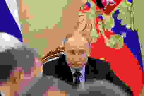 Ông Putin được bảo vệ ngày đêm, nhân viên điện Kremlin xét nghiệm Covid-19