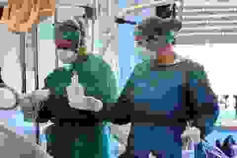 Bệnh viện quá tải, gần 2.700 nhân viên y tế Italia mắc Covid-19