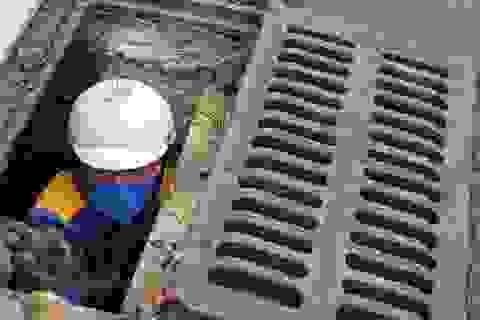 Chuyện nguy hiểm của những công nhân cống ngầm ở Hà Nội