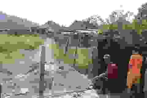 """Vụ """"rào đường, chắn lối"""": Sẽ thực hiện tháo dỡ, trả lại đường cho dân"""