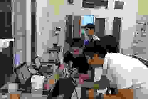 Sinh viên ĐH Bách khoa Đà Nẵng thử nghiệm máy rửa tay tự động ở bệnh viện