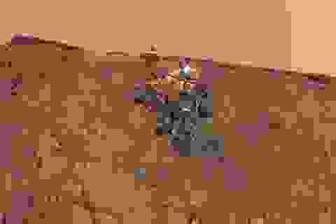 """Những hình ảnh """"tự sướng"""" mới của Rover Curiosity trên sao Hỏa"""
