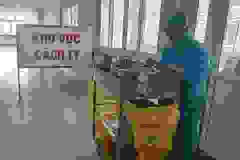 Chuyển gấp thiết bị y tế từ Hà Nội và Huế cứu ca Covid-19 nặng