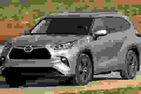 Toyota triệu hồi 43.000 chiếc Highlander vì lỗi chết máy