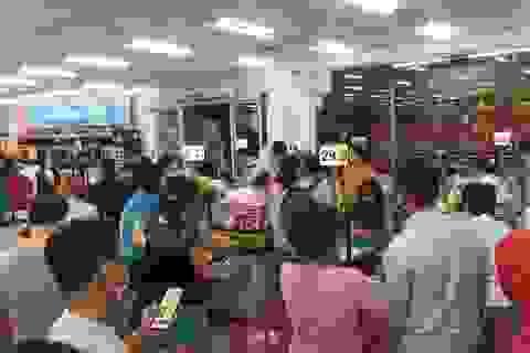 """TPHCM: Chợ, siêu thị vẫn hoạt động bình thường sau """"giờ G"""""""