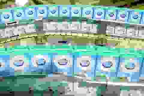 Cô gái Hà Lan mang sữa yêu thương, chung tay chia sẻ với người tiêu dùng vượt Covid - 19