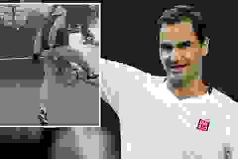 Ở nhà phòng dịch Covid-19, Roger Federer biểu diễn kỹ thuật hoàn hảo