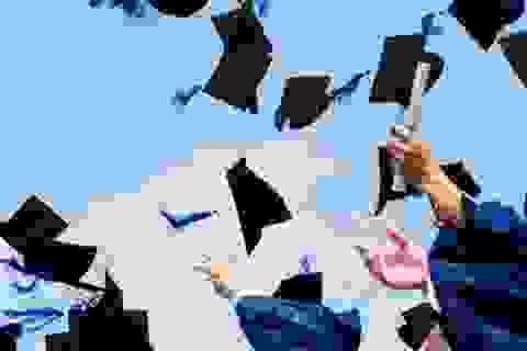 Sinh viên được bảo vệ khóa luận tốt nghiệp bằng hình thức trực tuyến