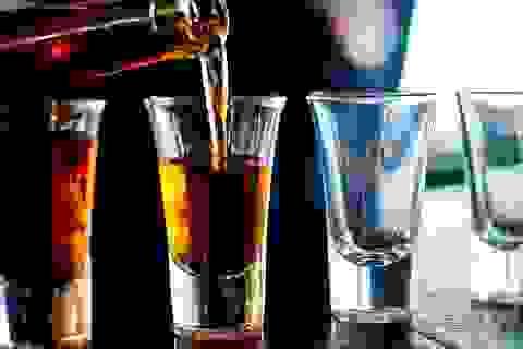Người cha nghiện rượu ảnh hưởng thế nào đến đưa trẻ khi thụ thai?