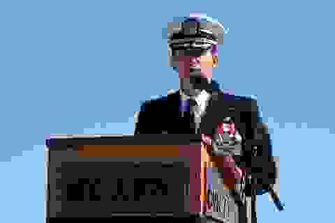 Ông Trump lần đầu lên tiếng vụ chỉ huy tàu chiến kêu cứu vì Covid-19