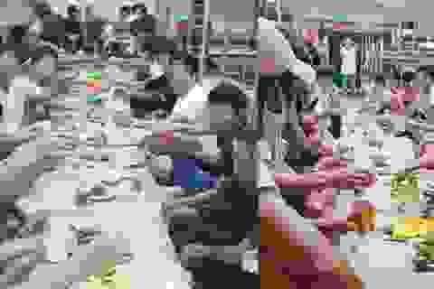 30 người mua bia rượu, tụ tập ăn nhậu trong... khu cách ly