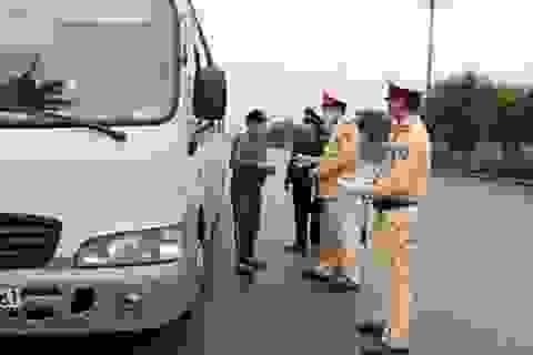 Ninh Bình: Xử lý 16 xe chở khách vi phạm Chỉ thị phòng chống Covid-19