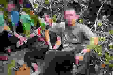 Bộ trưởng Công an gửi thư khen 4 thợ rừng mưu trí bắt nghi phạm giết người