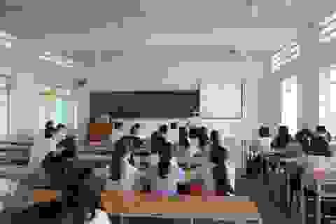 Dịch Covid-19 kéo dài, ĐH Nha Trang dạy trực tuyến cho hơn 13.000 sinh viên