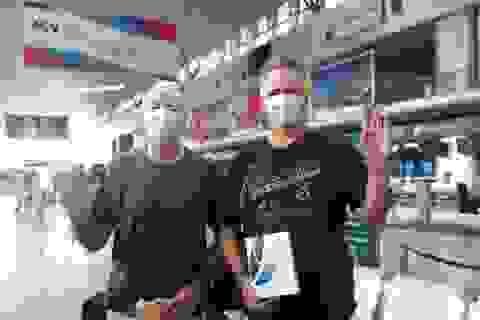 Hai du khách Anh mắc Covid-19 về nước: Hẹn gặp lại Đà Nẵng!