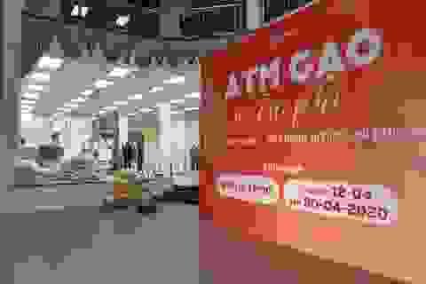 """Chủ """"cây ATM gạo"""" đầu tiên ở Hà Nội mở thêm điểm phát gạo miễn phí"""