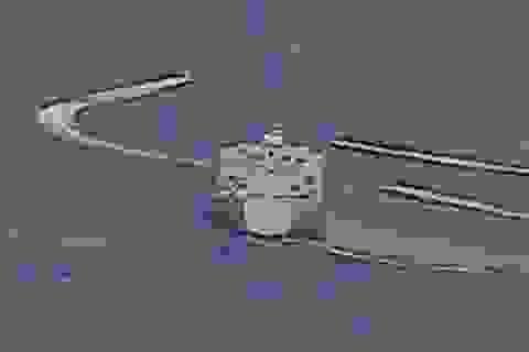 """Cận cảnh tàu Iran """"vây"""" dàn tàu chiến Mỹ tại vịnh Ba Tư"""