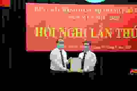 Phê chuẩn kết quả bầu Phó Chủ tịch UBND TPHCM