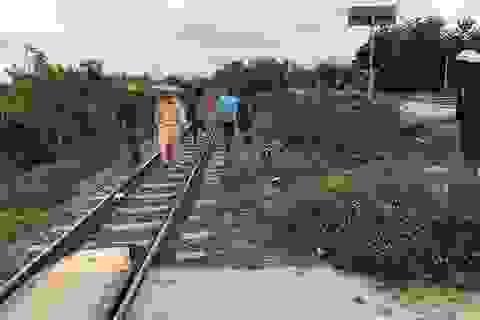 Cố vượt đường sắt, một phụ nữ bị tàu hỏa tông tử vong